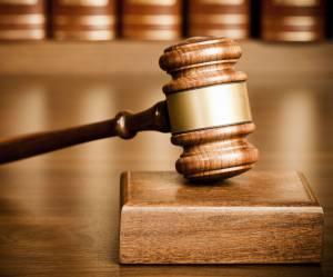 """""""Avez-vous essayé de fermer vos jambes ?"""" : la question d'une juge à une victime de viol"""