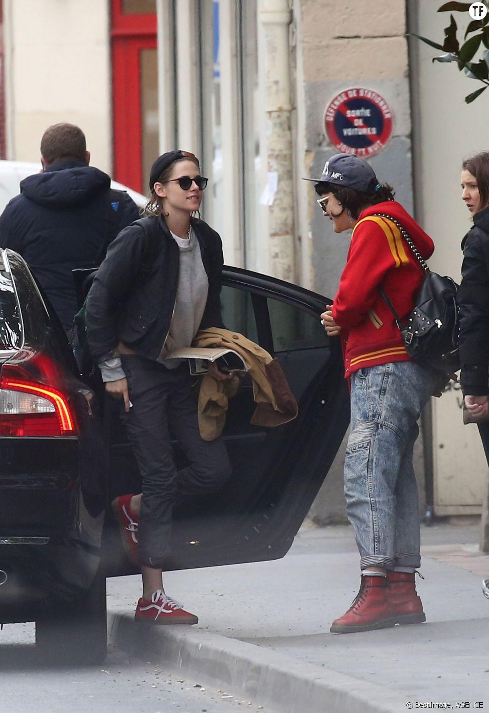 Kristen Stewart et sa compagne la chanteuse Soko à Paris