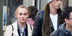 Vanessa Paradis : Lily-Rose en virée amoureuse avec Ash Stymest à Paris ? (photos)