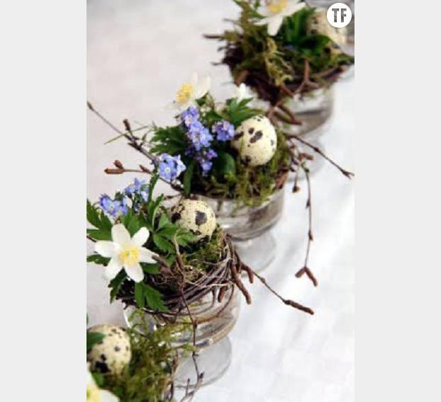 Des petits nids de Pâques à poser sur la table, simples mais élégants