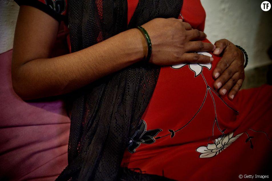 L'effrayante industrie des mères porteuses en Inde