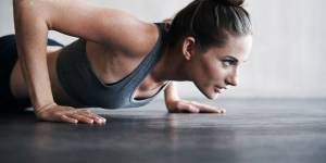 Fitness : 5 minutes d'exercices pour tonifier tout le corps