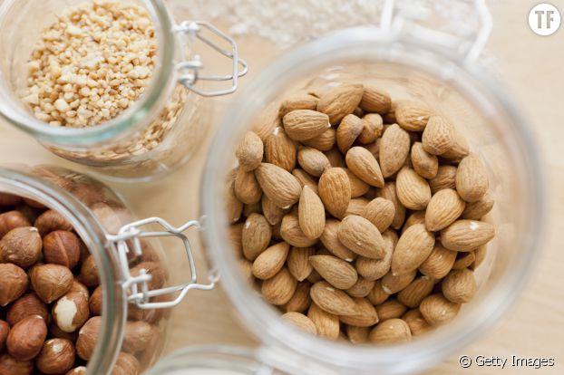 Noix, noisettes, pistaches, amandes... Idéales pour twister un peu votre régime végétarien !