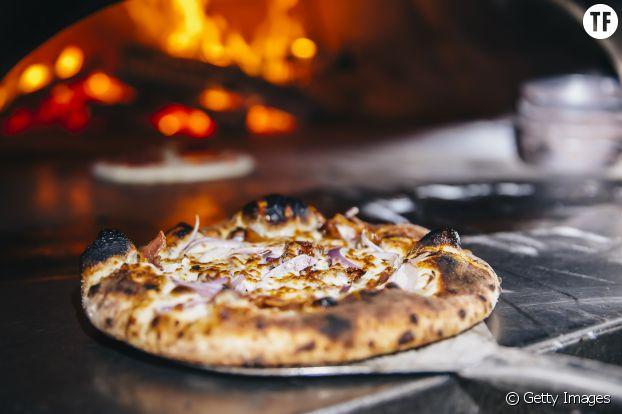 Cuissez votre pizza à même la grille de cuisson