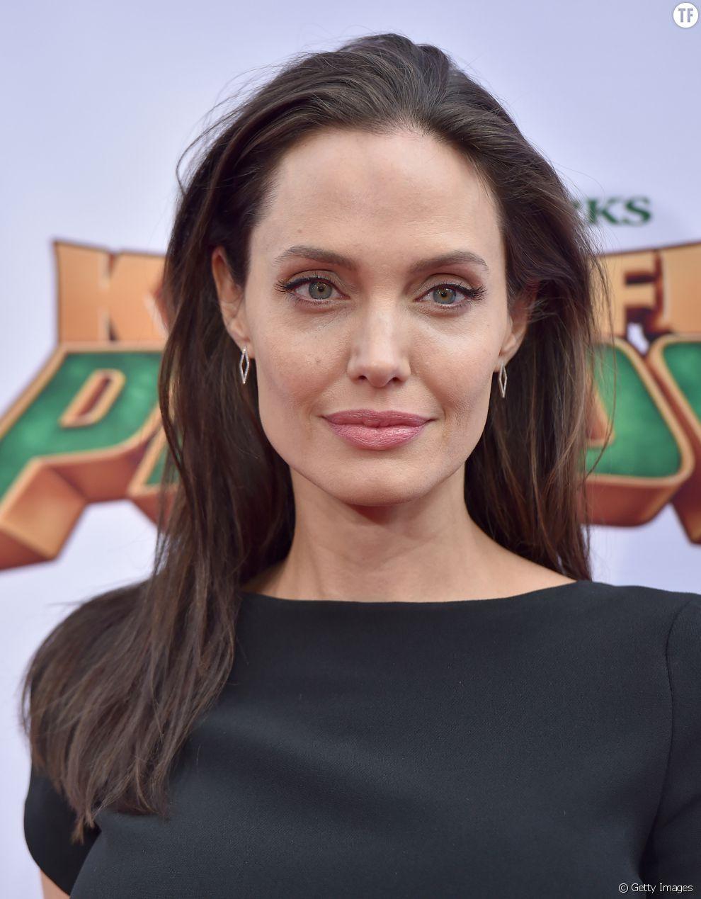 Les pommettes d'Angelina Jolie
