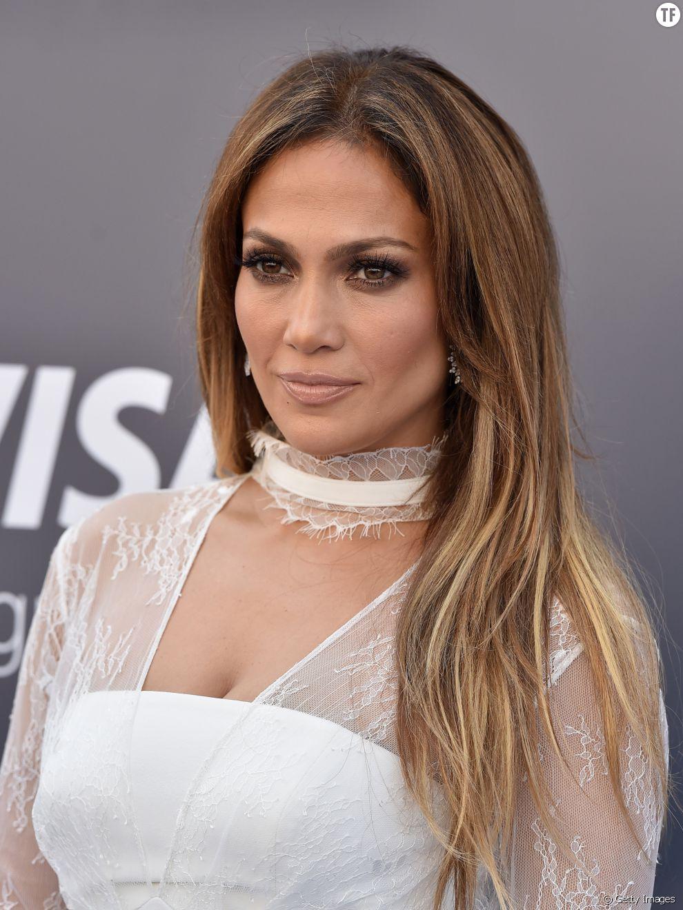 Les sourcils de Jennifer Lopez