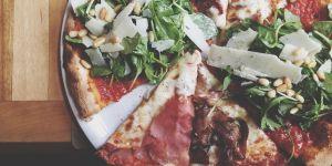 Voici la meilleure façon de découper une pizza (selon la science)