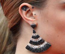 20 petits tatouages d'oreille plus jolis qu'un piercing