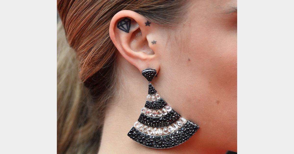 20 petits tatouages d 39 oreille plus jolis qu 39 un piercing for Interieur oreille