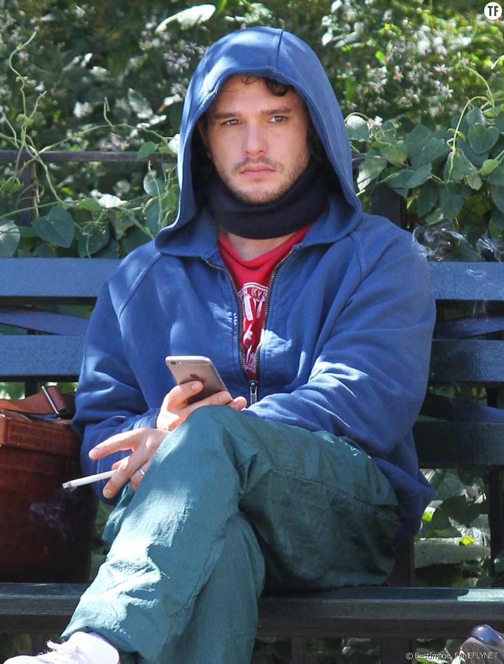 "Kit Harington sur le tournage de ""The Death and Life of John F. Donovan"" à Central Park à New York City le 2 septembre 2016"
