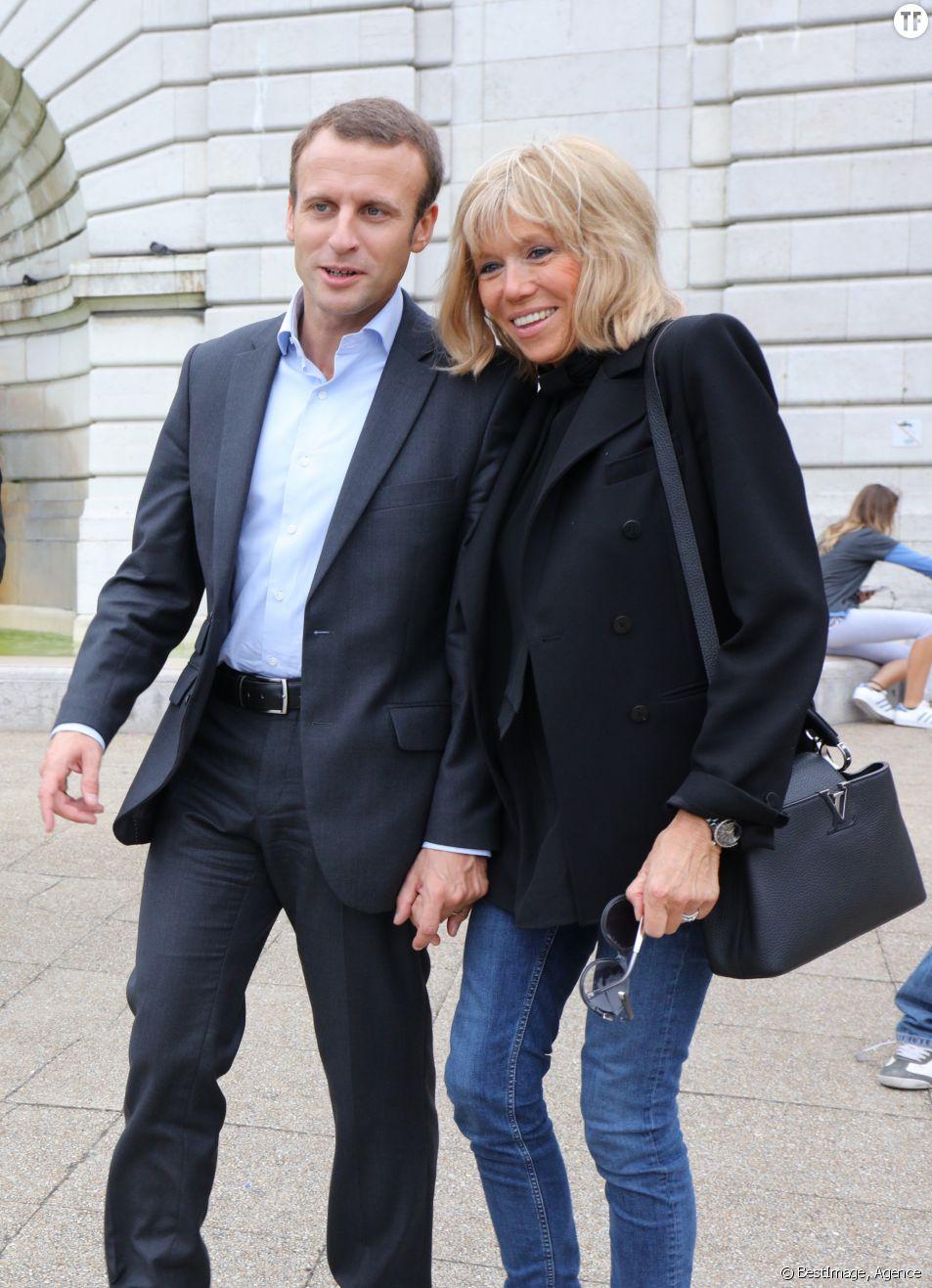 Emmanuel Macron Comment Les Enfants De Brigitte Trogneux Ont Accepte Leur Amour Terrafemina