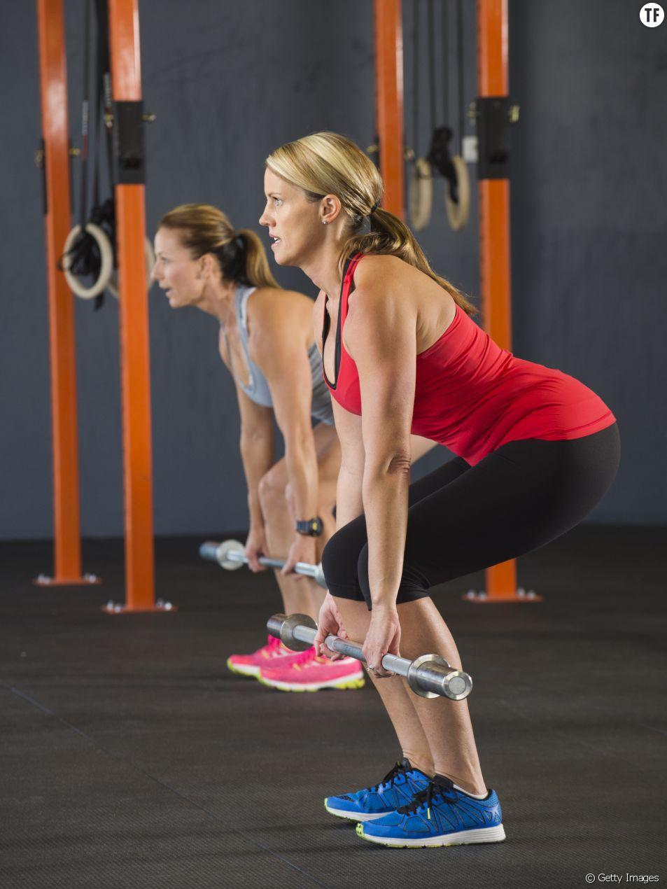 Femme faisant de l'exercice