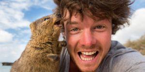 Cet homme réalise les selfies les plus mignons du monde avec des animaux