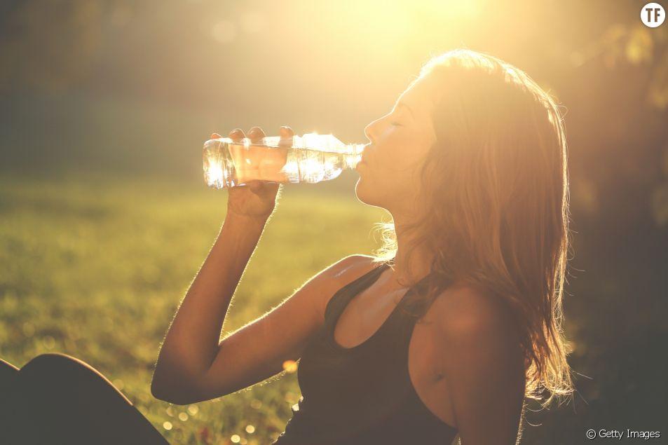 Quelle quantité d'eau boire pendant la canicule