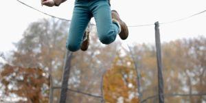 Les trampolines sont-ils sans danger pour les enfants ?