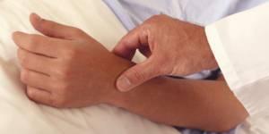 Aide médicale d'Etat : Les Français souhaitent une participation des sans-papiers