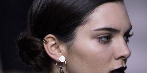 Chignon macaron : la coiffure régressive qui grimpe sur Pinterest