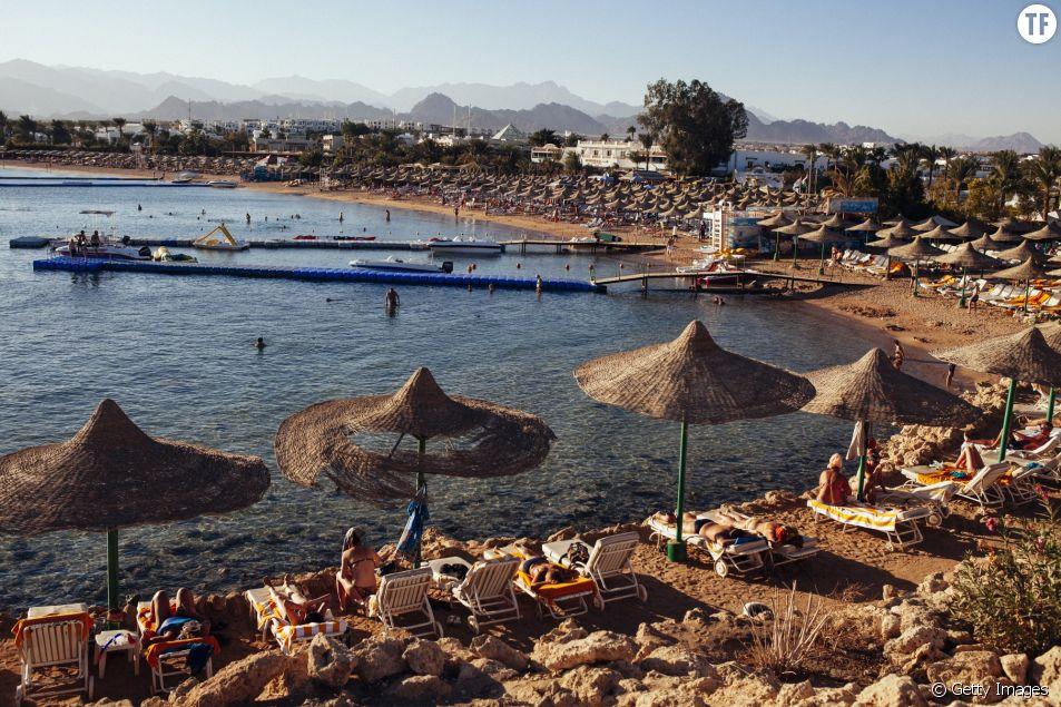Plage de Sharm Harm El Sheik au bord de la mer Rouge, Egypte