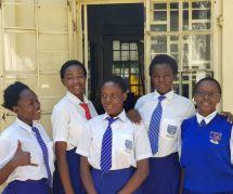 Ces cinq ados kényanes s'attaquent à l'excision avec une appli