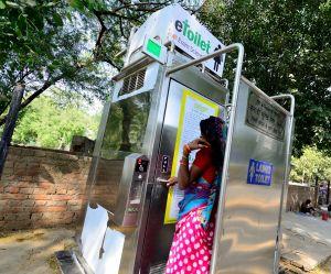 Inde : son mari refuse de mettre des toilettes dans la maison, elle obtient le divorce