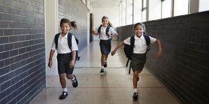 Cette fillette a fait plier le gouvernement australien sur le dress-code à l'école
