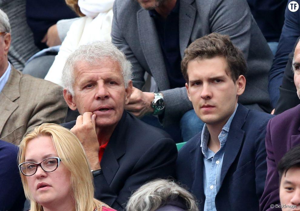 Patrick Poivre d'Arvor et son fils François dans les tribunes de la finale de Roland Garros le 5 juin 2016