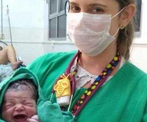 Mais pourquoi cette photo d'un nouveau-né est-elle devenue virale ?