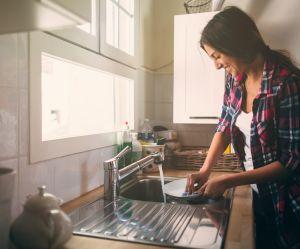 Comment fabriquer soi-même du liquide vaisselle 100% naturel