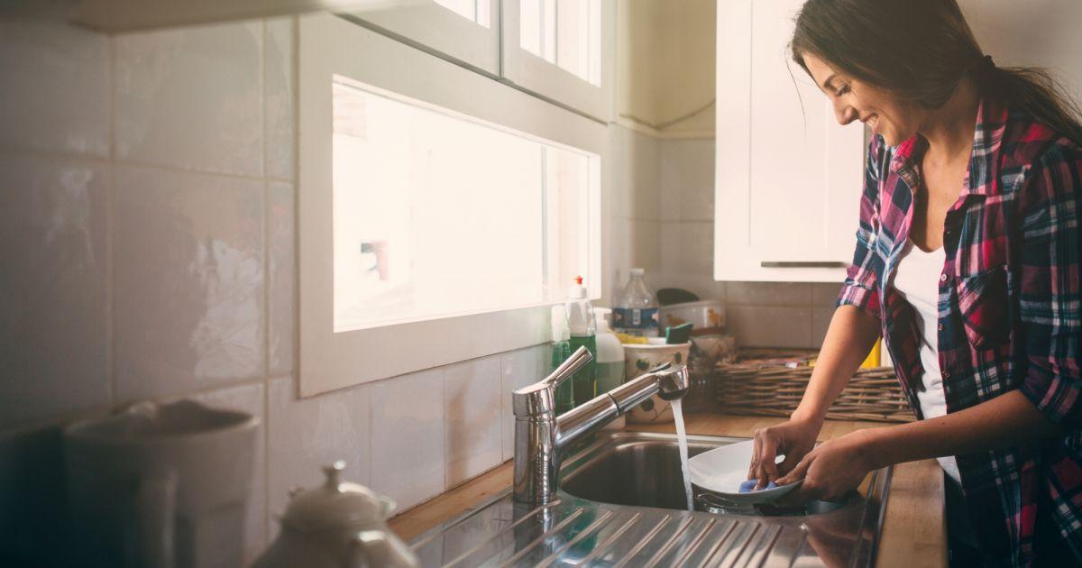 Comment fabriquer soi-même du liquide vaisselle 100%