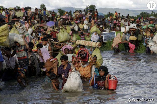 Le déplacement de centaines de milliers de Rohingyas.