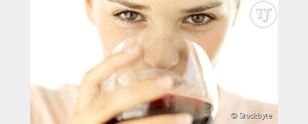 Cancer du sein : boire de l'alcool augmente les risques de 15%
