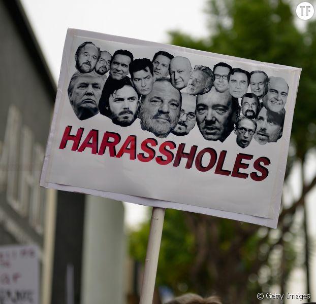 Pancarte d'une manifestation contre le harcèlement sexuel à Los Angeles dimanche 12 novembre 2017.
