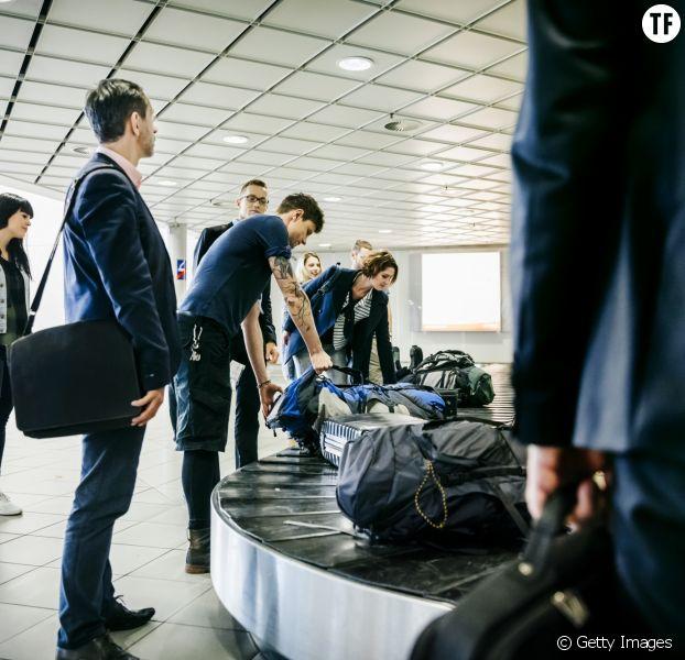 L'astuce pour ne plus attendre sa valise sur le tapis roulant de l'aéroport