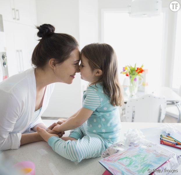 Photo d'illustration d'une mère et sa fille.