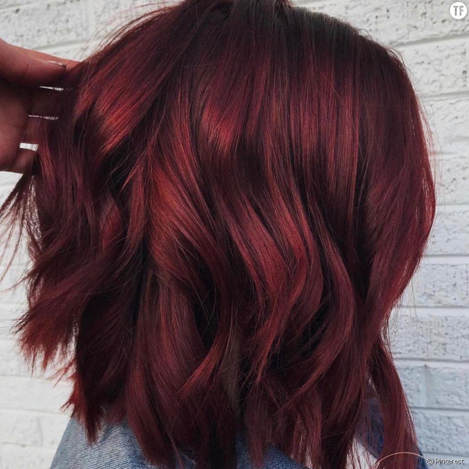 Coloration tendance 2018 : les cheveux vin chaud