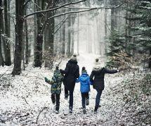 3 bonnes raisons d'aller marcher en hiver (au lieu de s'avachir sur un canapé)