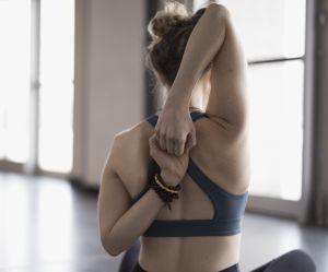 15 minutes de yoga pour soulager le mal de dos