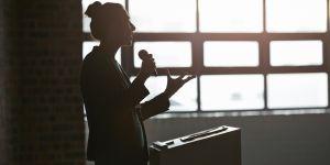 Une élue belge crée un incubateur pour aider les femmes à se lancer en politique