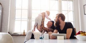 Le manque de sommeil chez les jeunes parents aurait des effets surprenants