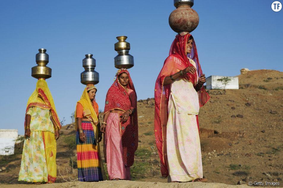 Inde : de nombreuses femmes s'empêchent de boire et de manger pour préserver leur sécurité