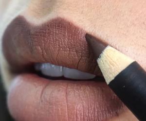 MAC Cosmetics arrête de photoshopper le duvet (et on applaudit)
