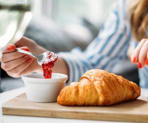 Au fait, c'est quoi la meilleure heure pour petit-déjeuner ?