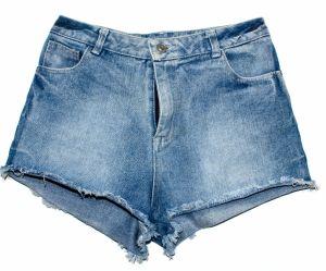 La BD qui se demande pourquoi le short est indécent pour les filles à l'école