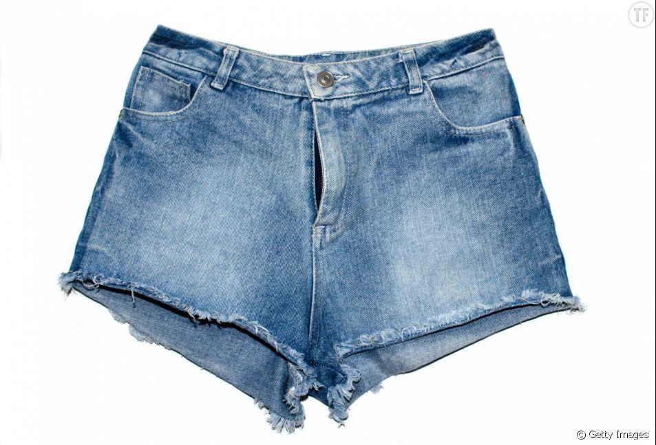 Le short est-il indescent seulement pour les filles ?