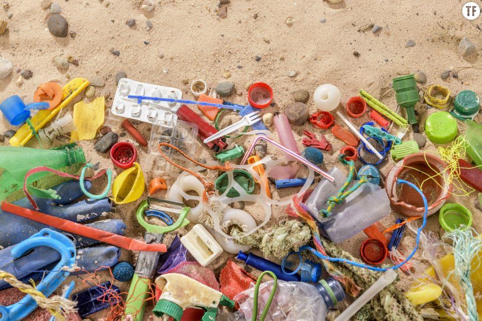 Des déchets plastiques retrouvés dans des excréments humains