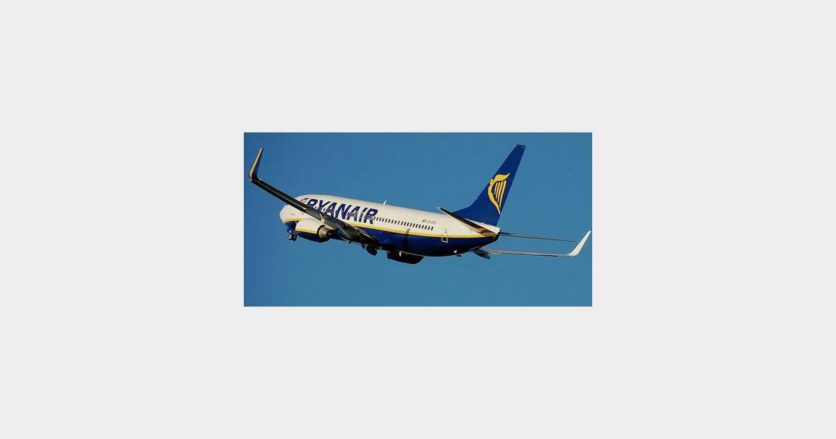 Ryanair un film x dans l 39 avion terrafemina for Dans x