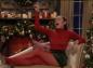 Miley Cyrus détourne une chanson de Noël pour demander l'égalité salariale
