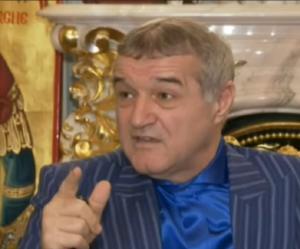 """Ce propriétaire de club roumain compare les équipes féminines de foot à """"des idées de Satan"""""""