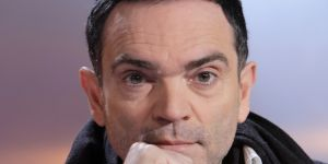 Yann Moix, la crasse internationale