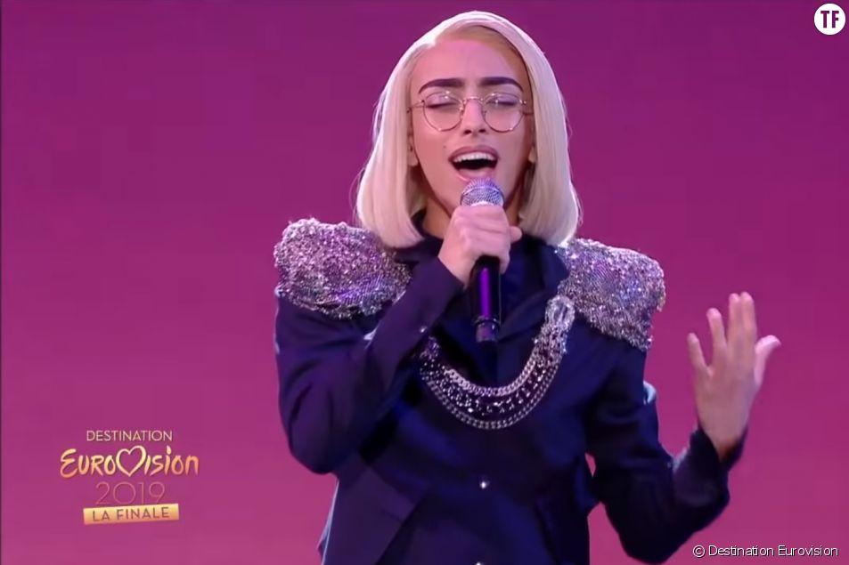 Bilal Hassani lors de la finale de Destination Eurovision